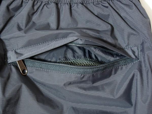 Marmot Precip Pants バックポケット中