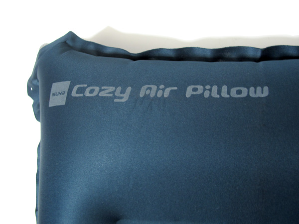 ISUKA Cozy Air Pillow ロゴ