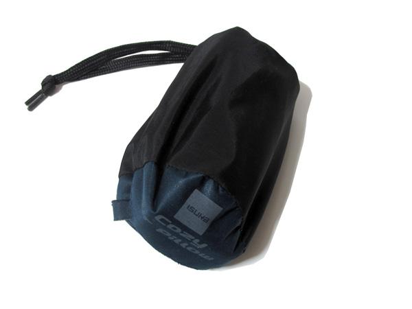 ISUKA Cozy Air Pillow 付属のスタッフバッグ
