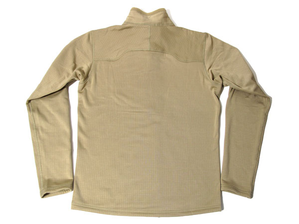 Patagonia Men's R1 Pullover バックショット