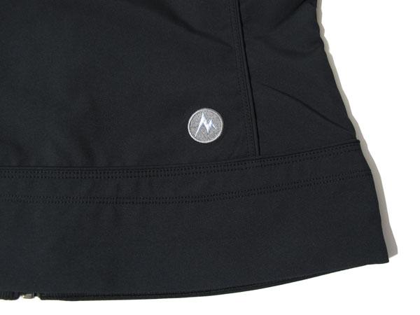 Marmot summerset vest 右腰のロゴマーク