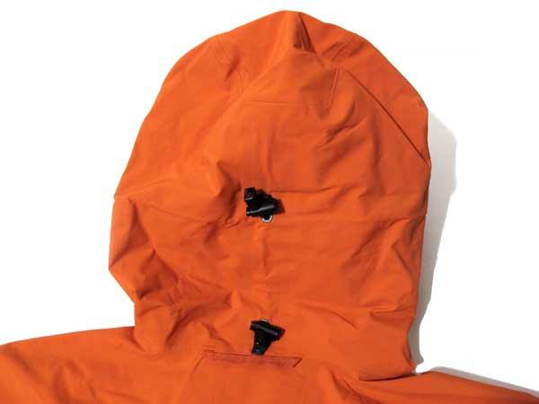Haglofs - Nebura Jacket フード後面