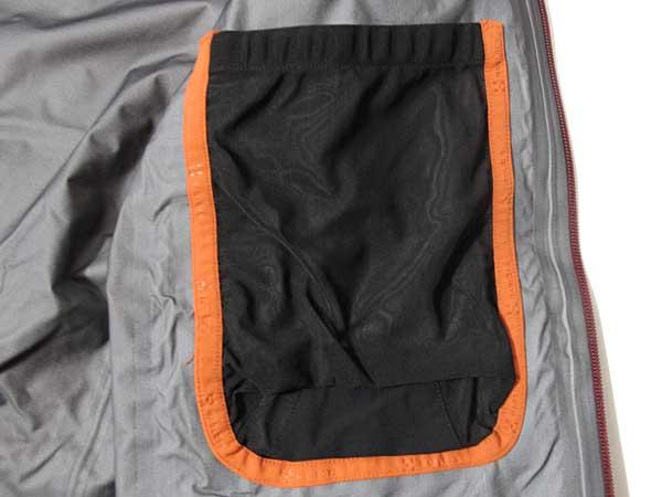 Haglofs - Nebura Jacket 内ポケット