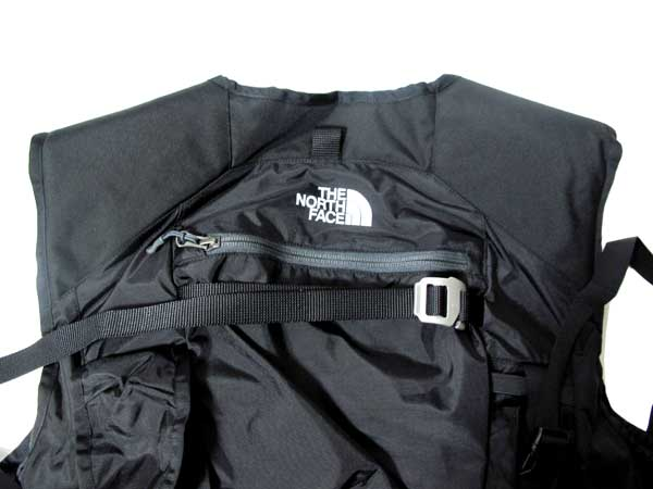 The North Face - Powder Guide Vest ロゴマークとジッパーポケット