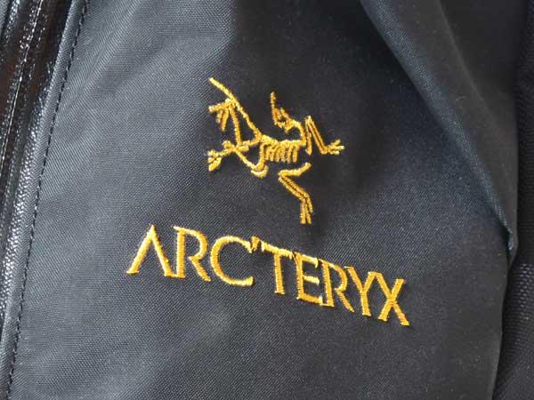 Arc'teryx Arro 22 ロゴマーク