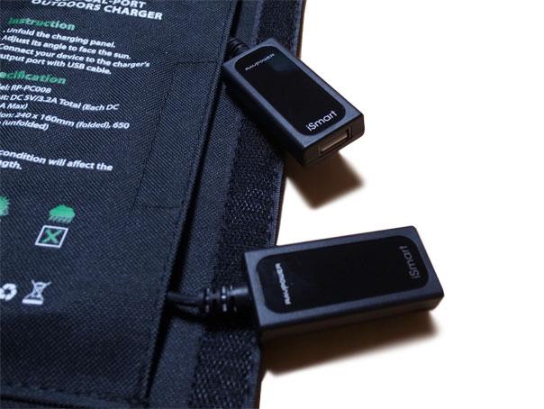 RAVPOWER SOLAR BATTERY USBポート